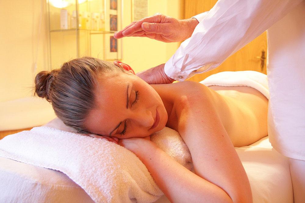 masaj de erecție pentru femei)