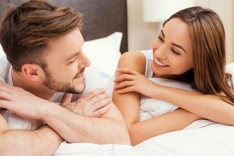 o femeie cum să ridice o erecție la un bărbat)