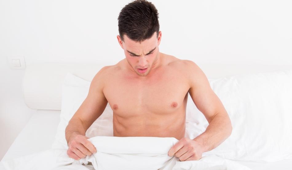 de ce baietii au o erectie dimineata)