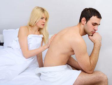 omul nu realizează o erecție)