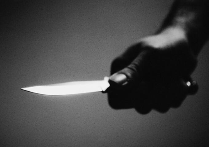 Răzbunarea cruntă a unei soții înșelate. I-a tăiat penisul soțului infidel! De două ori!