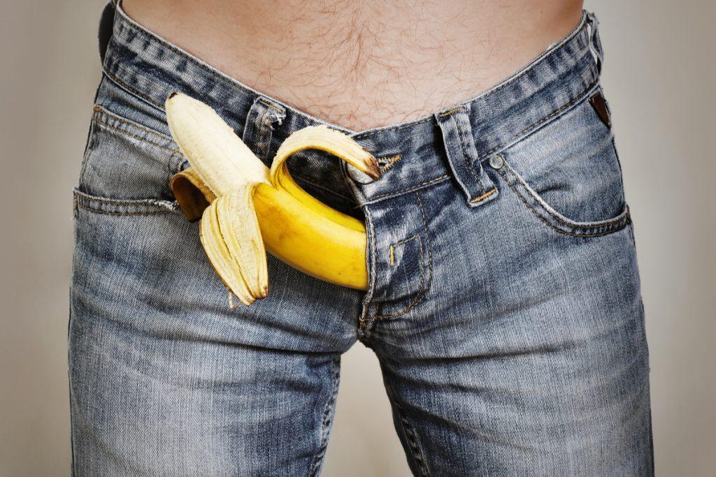 legați un penis într- un nod